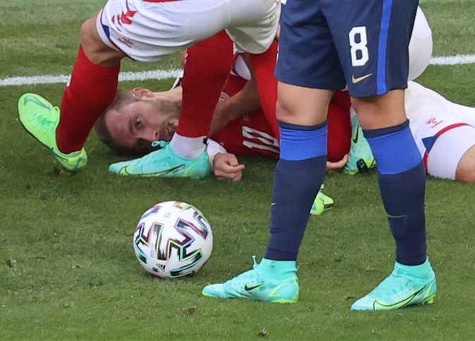 وفاة لاعب الدنمارك